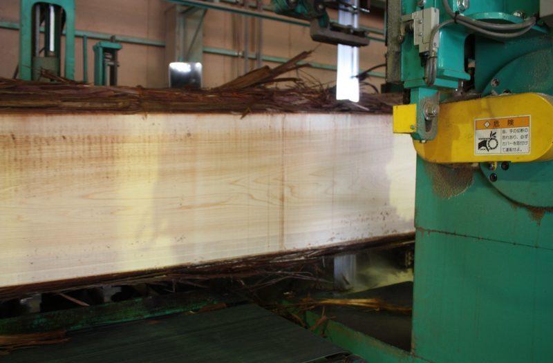桧、大径木の製材