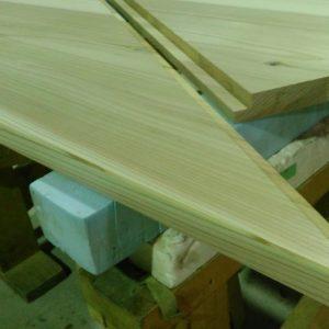 杉無垢階段材加工