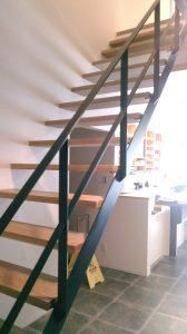 無垢オークオープン階段